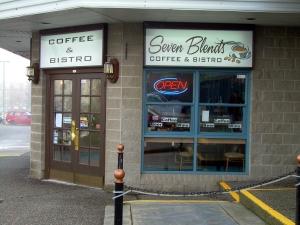 7-blends-coffee-shop-09